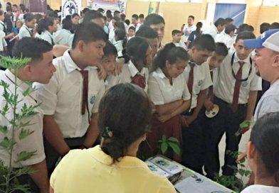 Ambiente capacita a estudiantes en Izabal