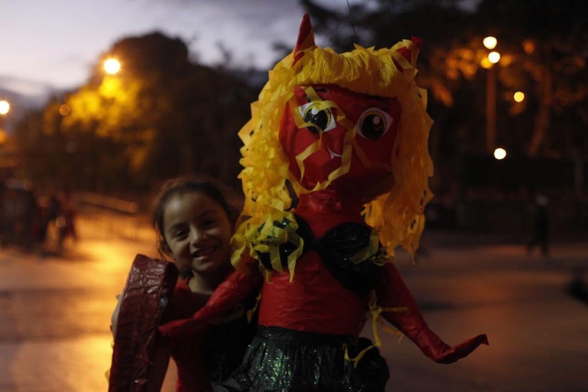 Tradicional quema del diablo