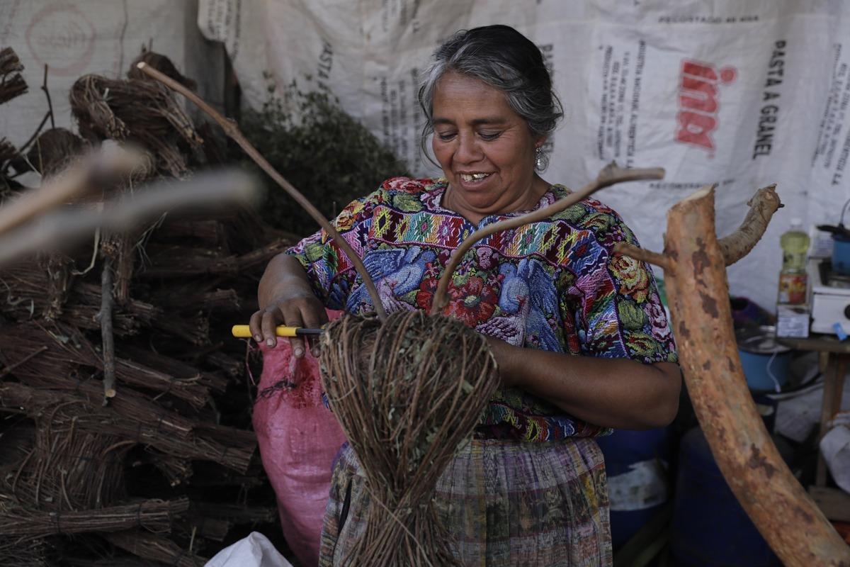 LAS TRADICIONALES VENTAS NAVIDEÑAS EN LOS CAMPOS DEL ROOSEVELT