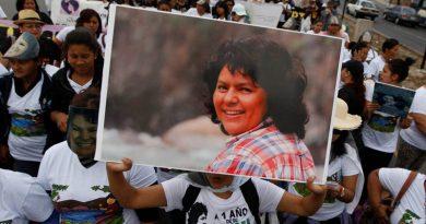 Procesan a seis exconcejales hondureños implicados en caso de Berta Cáceres