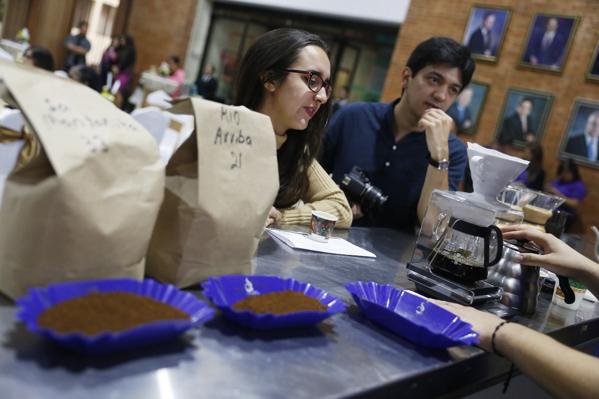 Guatemala obtiene precios récord de café