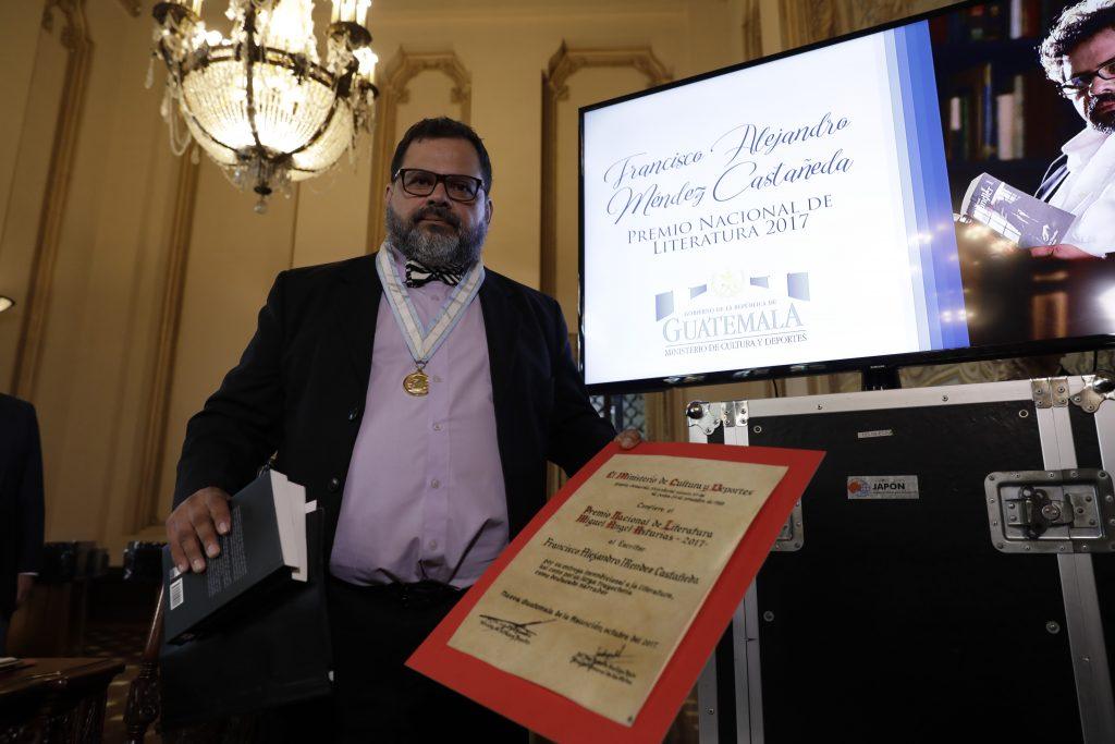 en 2017 el galardón fue otorgado a Francisco Méndez.