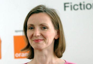 "Anna Burns obtiene el premio literario Man Booker, por su obra ""Milkman"""
