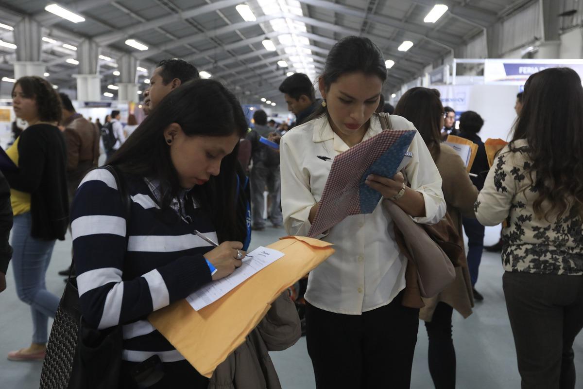 Feria de empleo impulsa oportunidades
