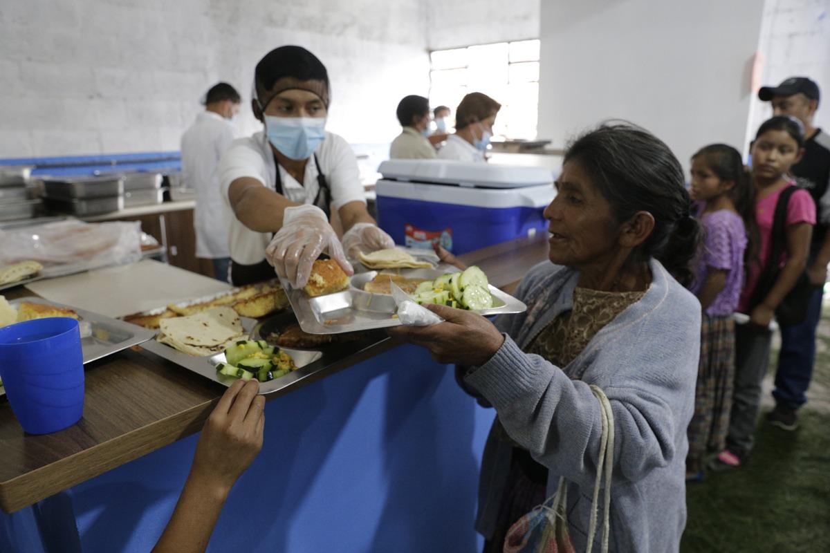 Programas sociales llegan a Alta Verapaz