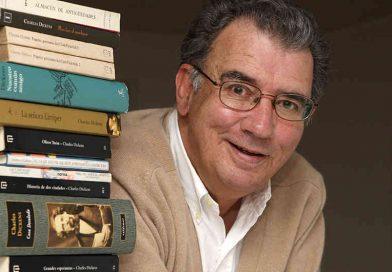 El poeta colombiano Darío Jaramillo recibe premio en España