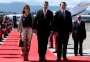 Presidente y primera dama de Paraguay, primeros en llegar a Cumbre Iberoamericana