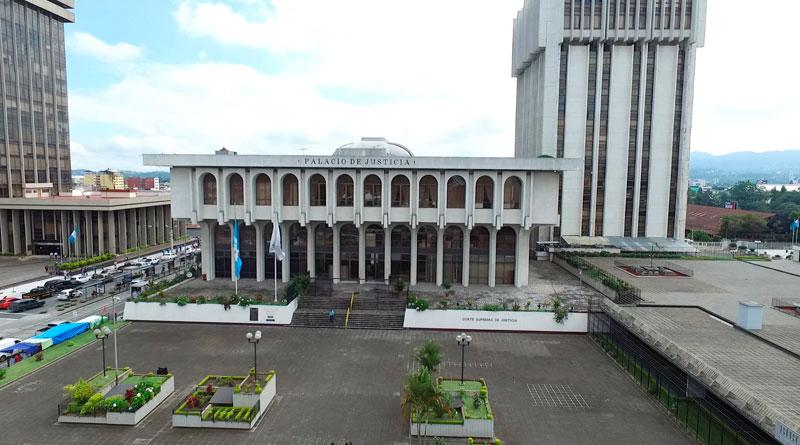 Antes de la Independencia; 195 años del Poder Judicial - dca.gob.gt